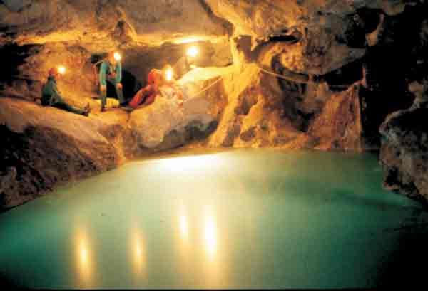 Grotta i 5 laghi